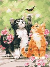 Котята и бабочка